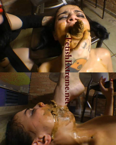 [ES-05] Enormous turd, Deep hand and deep feet scat swallow